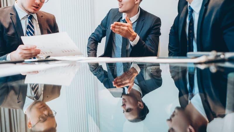 Affärspartnerkonferens för företags möte royaltyfri bild