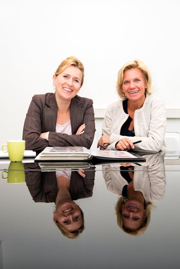 Affärspartners arkivfoto