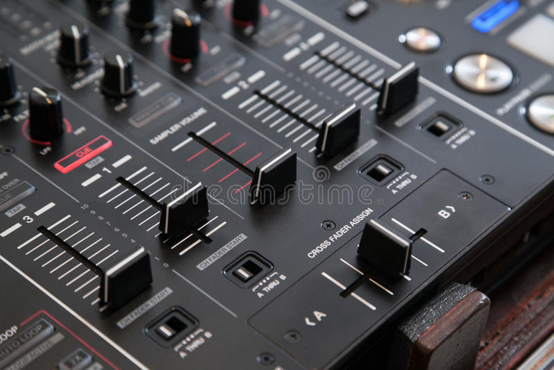 Affaiblisseur croisé audio images stock