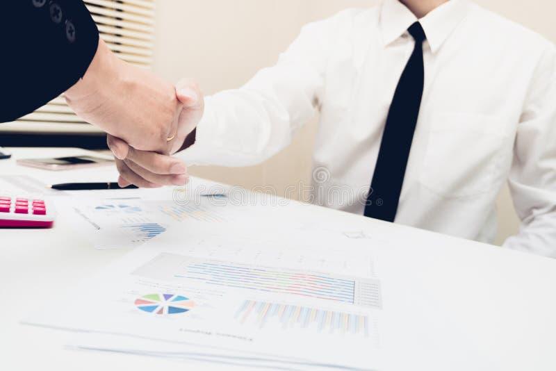 Affaire ou concept de négociation de salutation d'affaires images stock
