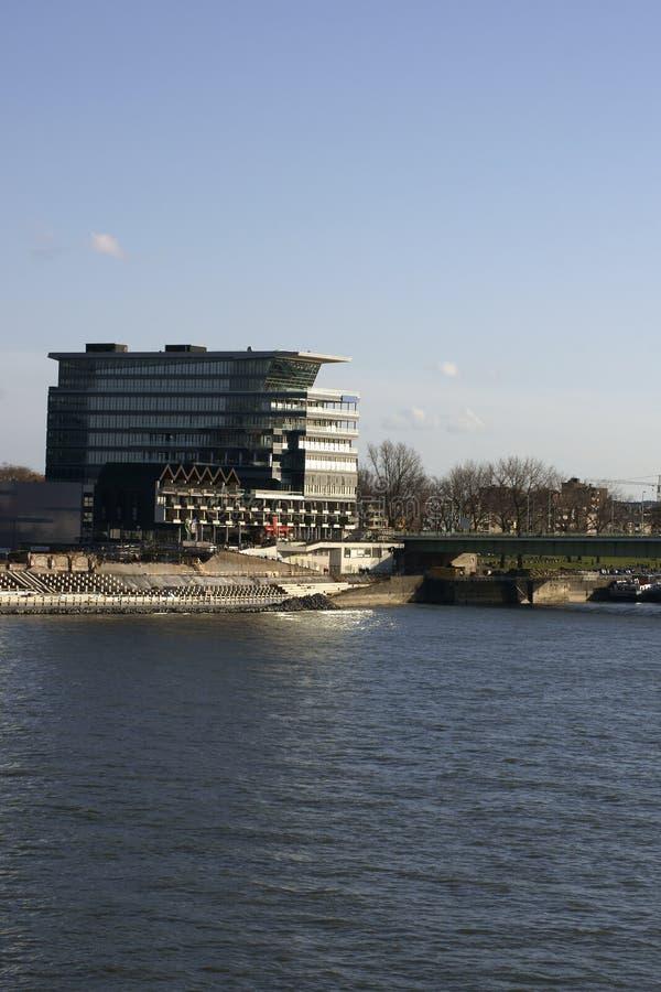 Affaires construisant le pont de Deutz image libre de droits