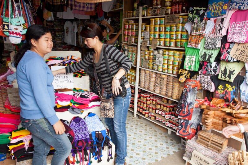 Affaires dans la ville de Baguio, Philippines photos libres de droits