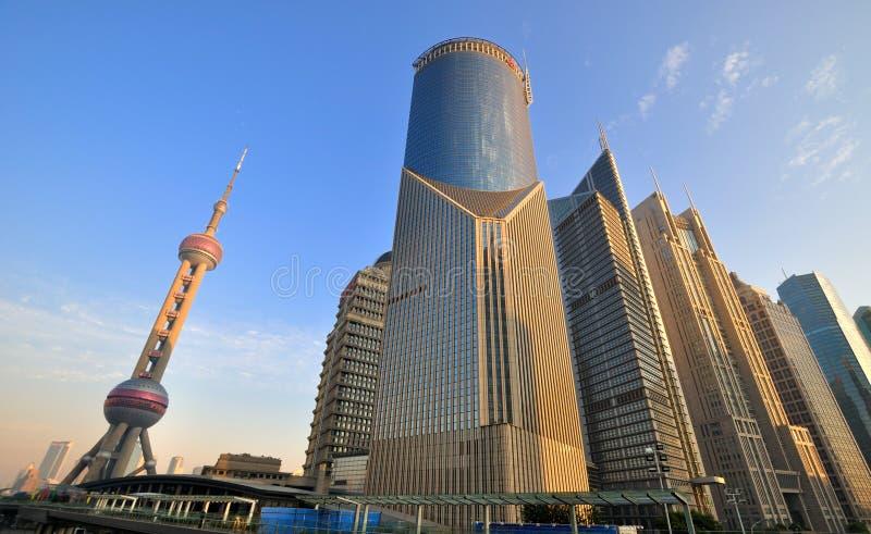 Affaires de Changhaï Lujiazui et place financière photographie stock