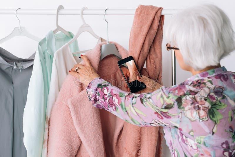 Affaires réussies de mode de travail supérieur de styliste image stock