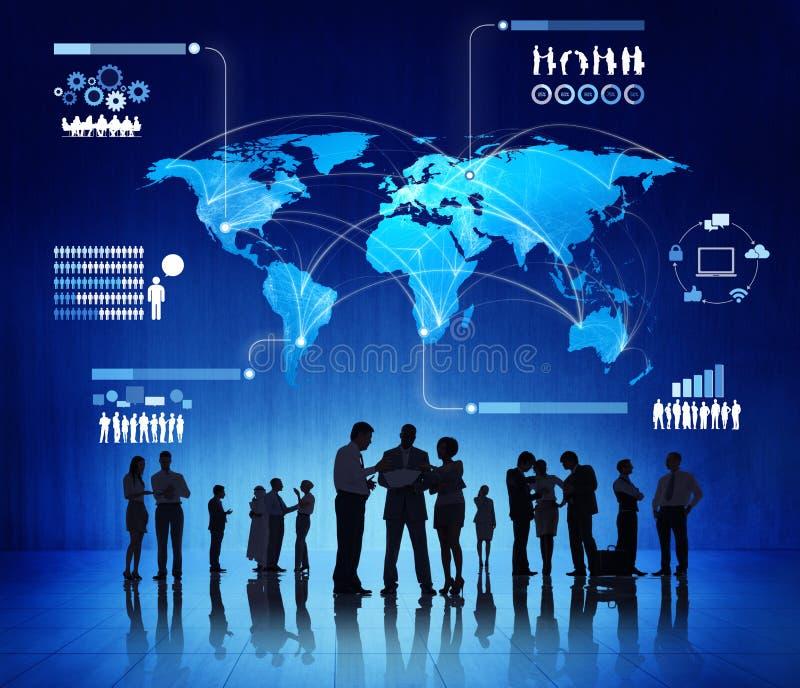 Affaires Team Evaluating Economic Trends images stock