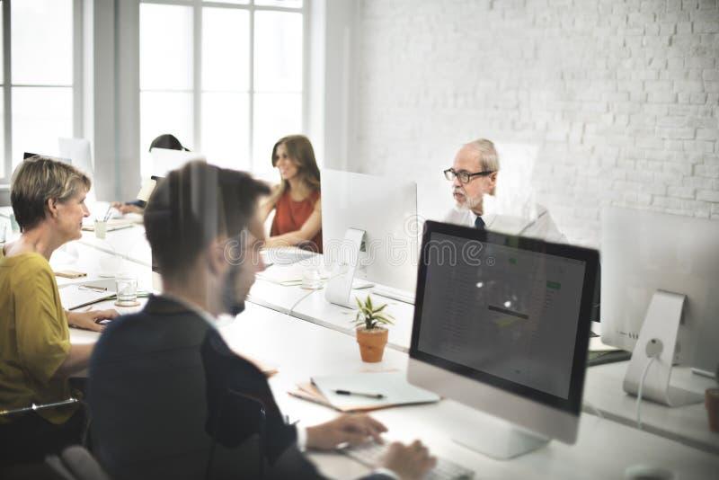 Affare Team Contact noi concetto di Internet del servizio d'assistenza fotografia stock