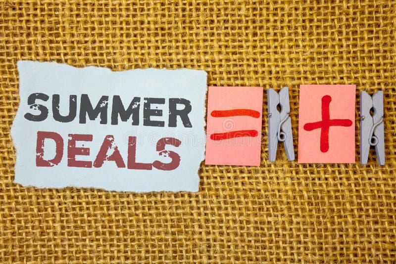 Affari di estate del testo di scrittura di parola Il concetto di affari per le vendite speciali offre per gli sconti dei prezzi d fotografie stock libere da diritti