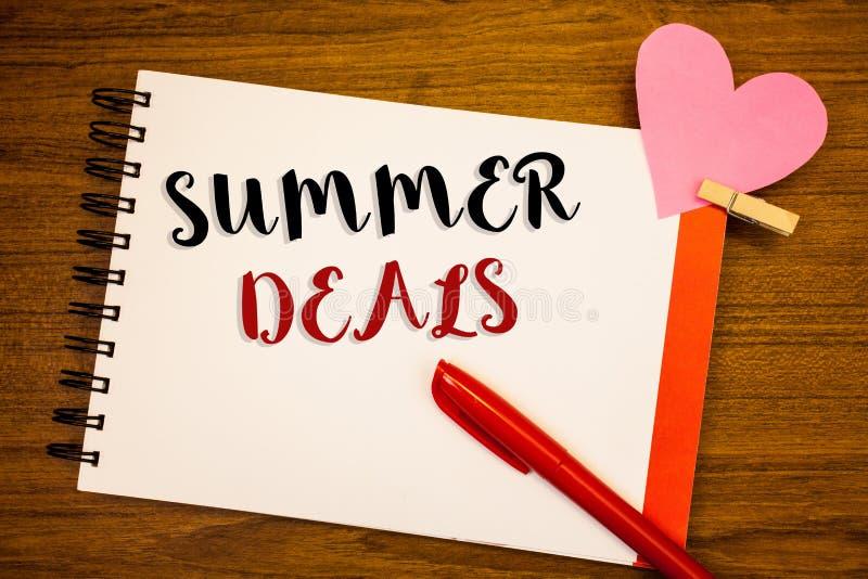 Affari di estate del testo di scrittura di parola Il concetto di affari per le vendite speciali offre per gli sconti dei prezzi d immagine stock libera da diritti