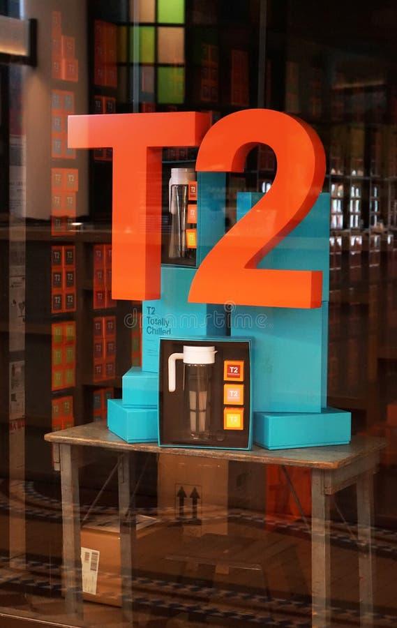 Affichage de fenêtre de vente au détail de magasin de thé de T2 photographie stock