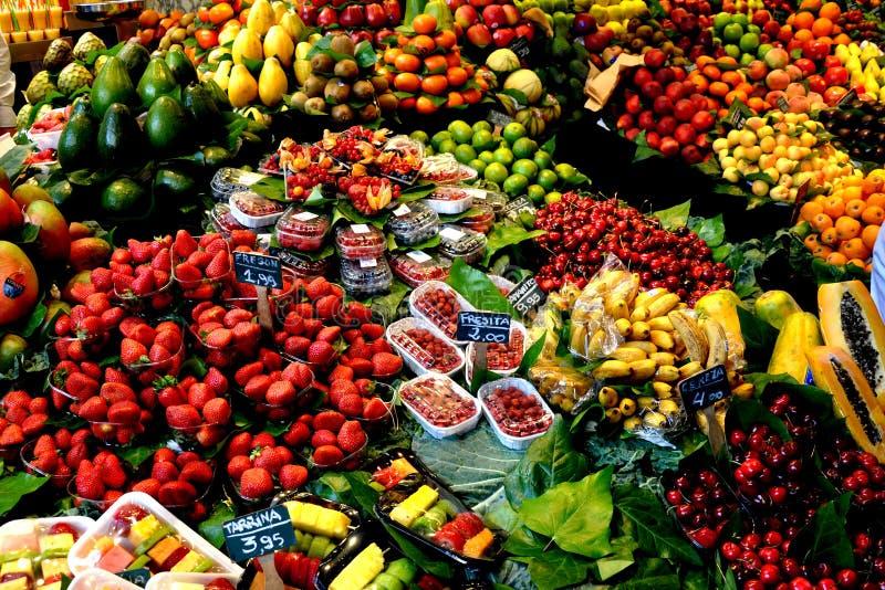 Affichage de fruit images libres de droits