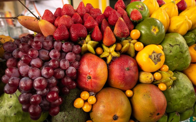 Affichage exotique de fruits photographie stock libre de droits
