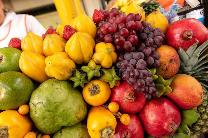 Affichage exotique de fruits images libres de droits