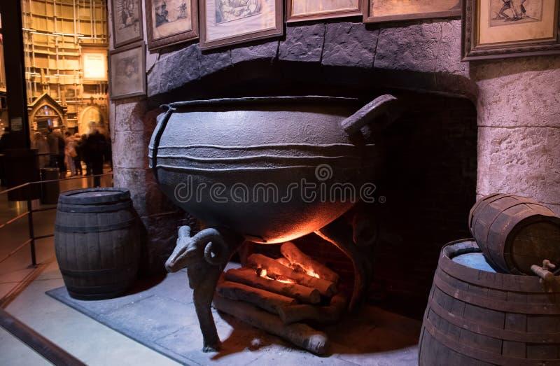 Affichage perméable de chaudron photos stock
