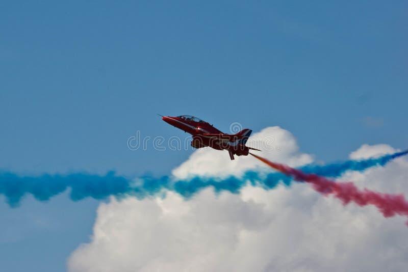 Affichage rouge Team Fairford Air Show RAF Airport d'avion de flèches photos libres de droits