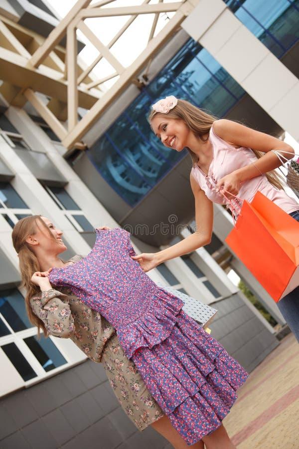 Afficher la robe photographie stock