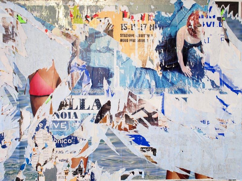Affiches déchirées Art urbain photographie stock libre de droits