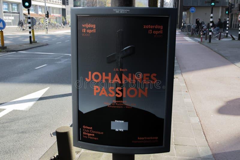 AffischtavlaJohannes Passion At The Roomkerk kyrka p? Amsterdam Nederl?nderna 2019 royaltyfri bild