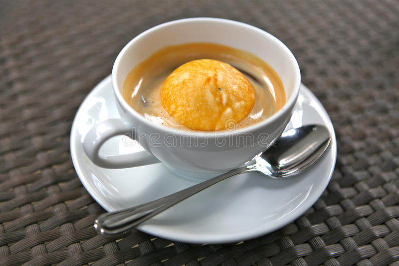 Affogato-Kaffee lizenzfreie stockfotos