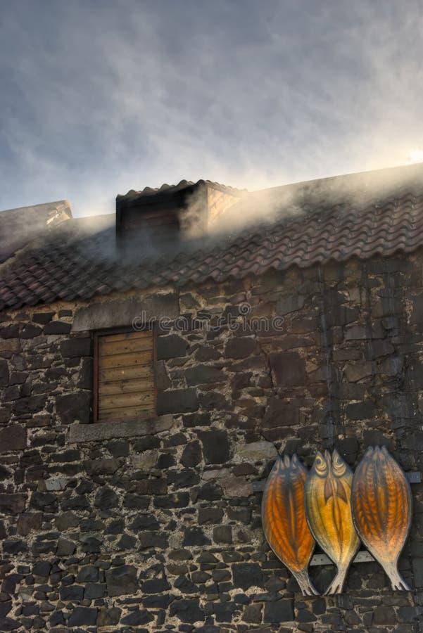 Affumicatoio del Kipper in Craster immagine stock