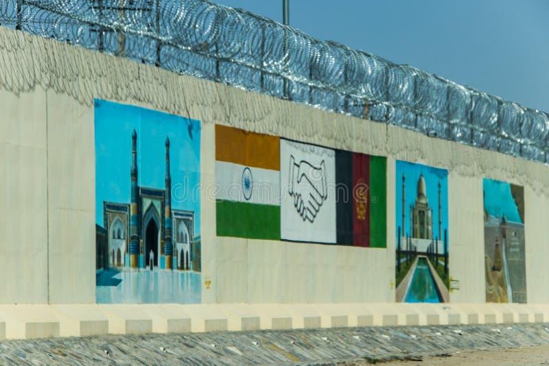 Afganistan militarna placówka po środku pustyni obrazy stock