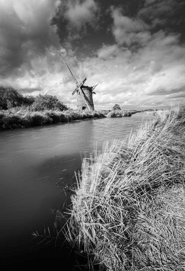 Afgedankt Windmill, Near Horsey, Norfolk royalty-vrije stock afbeeldingen