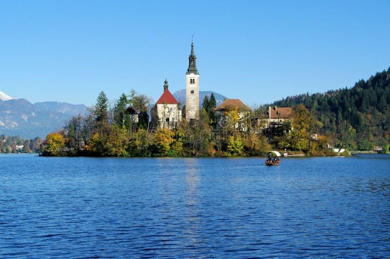 Afgetapt, Kerk op het meereiland stock afbeelding