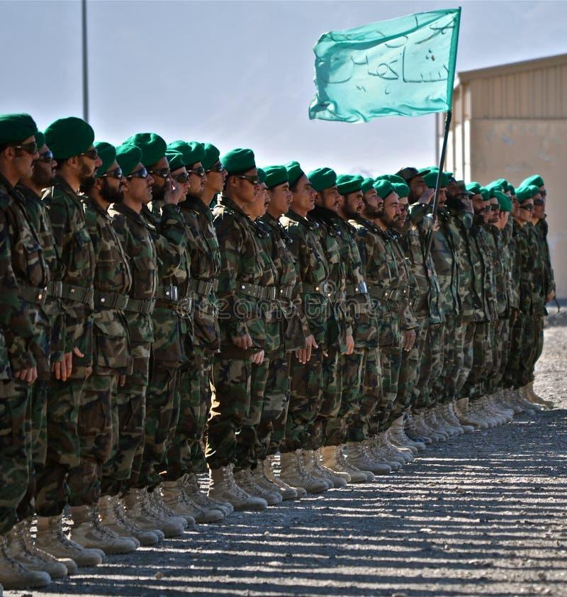 afghan national för avläggande av examen för armékängaläger arkivbilder