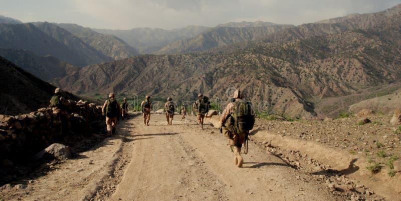 afghanistan tjeckiska logar landskapsoldater royaltyfri foto
