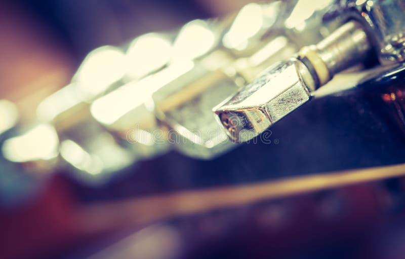 Afinador da guitarra imagem de stock