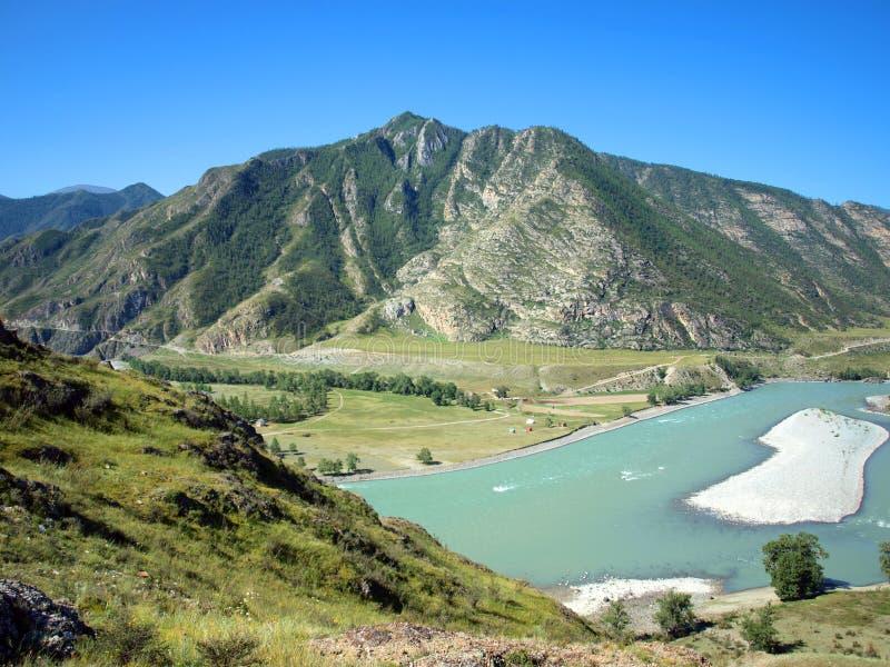 Afluência dos rios Chuya e Katun imagem de stock royalty free