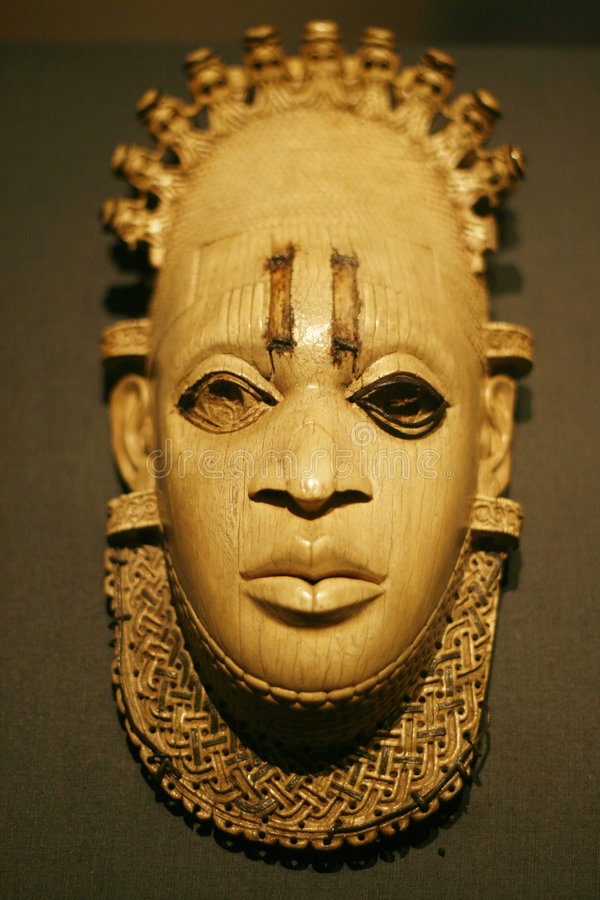 Free African Wooden Sculpture 2 Royalty Free Stock Photos - 4204948