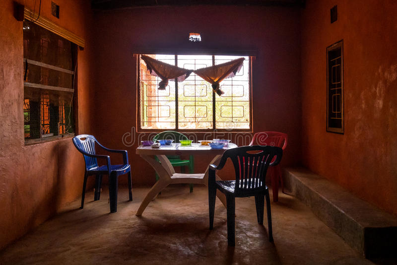 Africano semplice che pranza interno, Kenya, Africa orientale fotografia stock libera da diritti