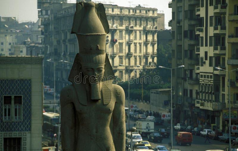 AFRIKA EGYPTEN KAIROSTAD RAMSES royaltyfri fotografi