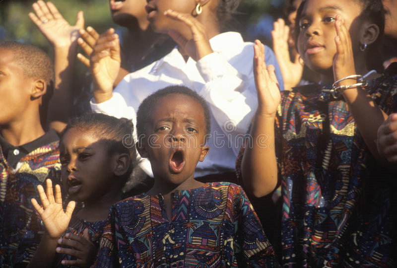 Afrikaans-Amerikaans de jeugdkoor, stock afbeelding