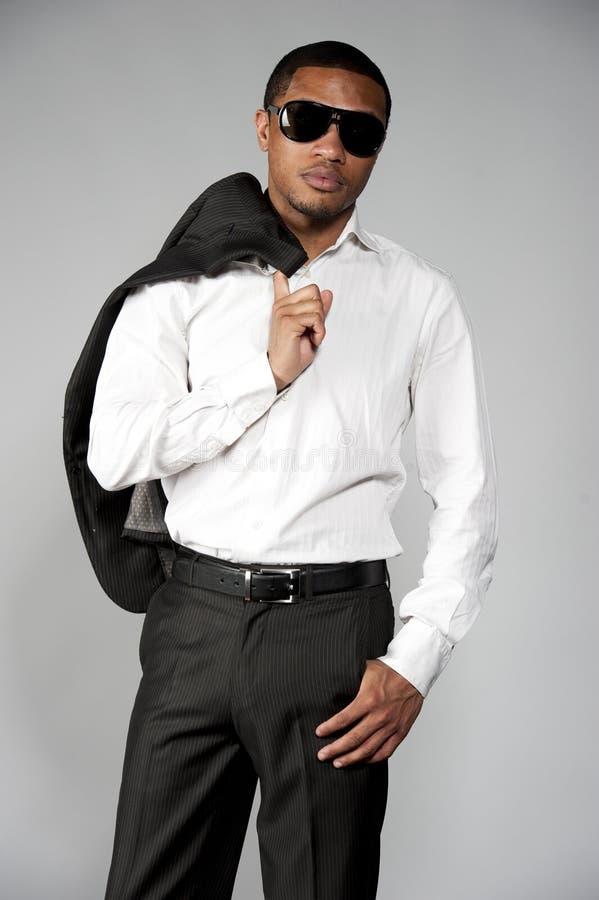 Afrikaans Amerikaans Mannetje in een Kostuum stock foto