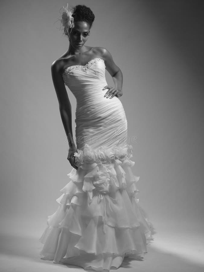Afrikaans-Amerikaanse Bruid royalty-vrije stock afbeeldingen