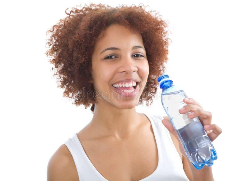 Afrikaans meisjes drinkwater royalty-vrije stock fotografie