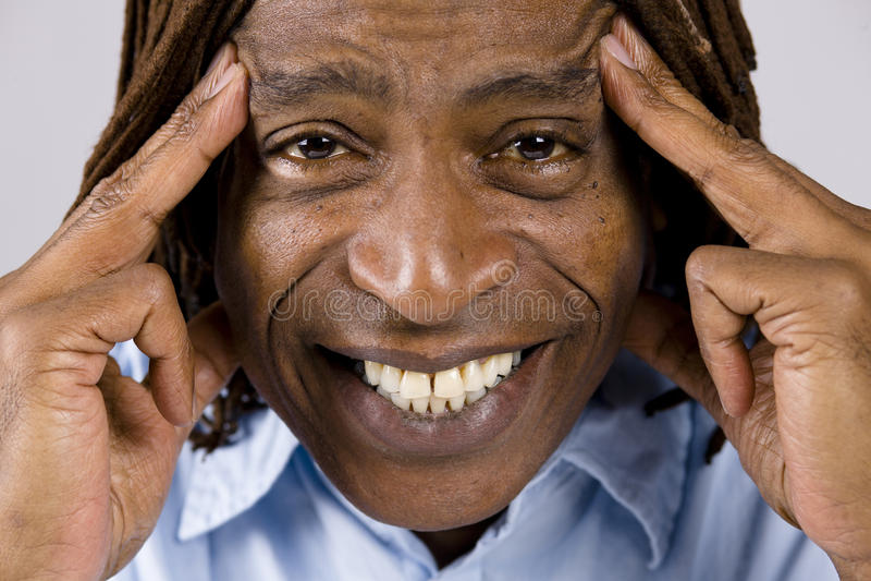 Afrikaanse Amerikaanse Mens stock afbeeldingen