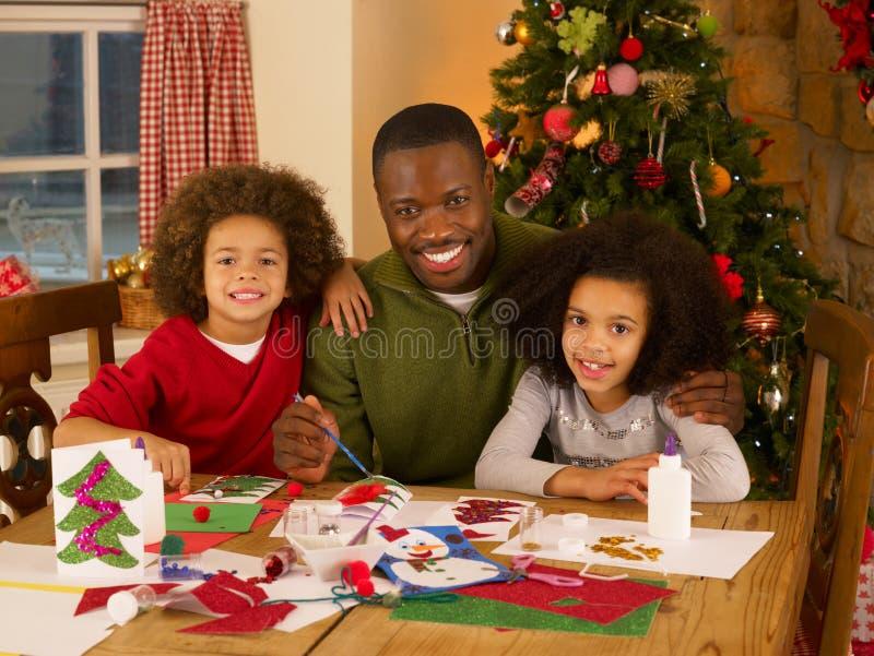 Afrikaanse Amerikaanse vader met kinderen royalty-vrije stock fotografie