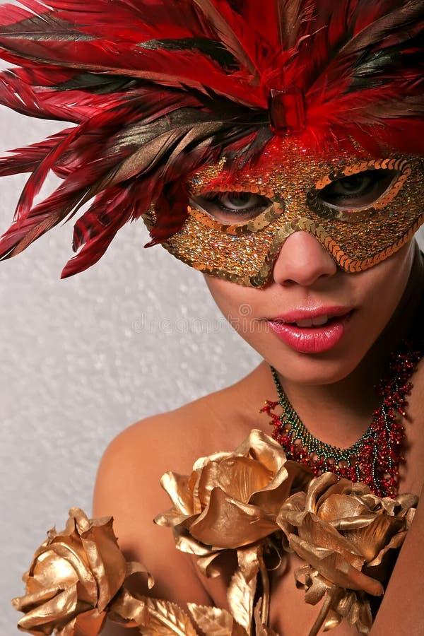 Afrikaanse Amerikaanse vrouw in masker royalty-vrije stock foto's
