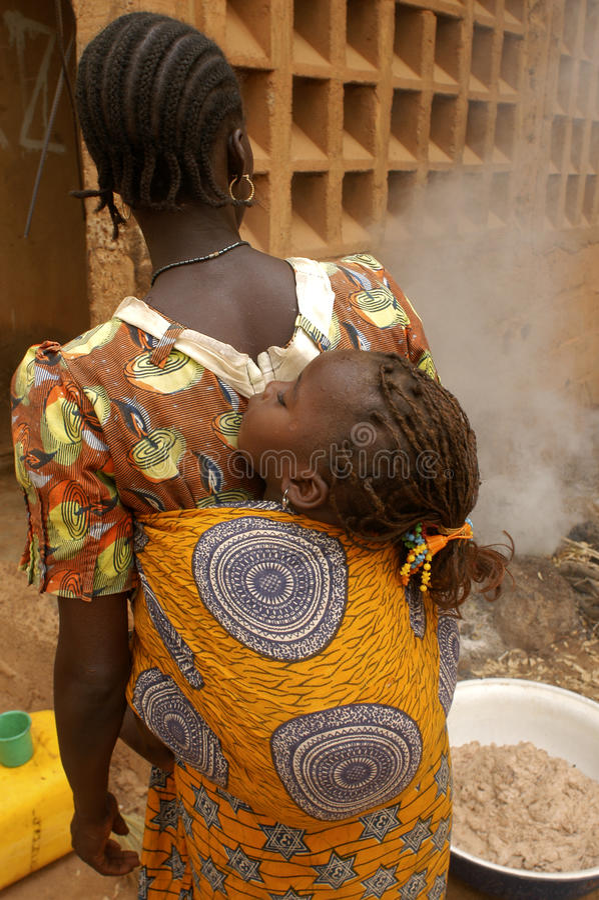 Afrikaanse moeder stock foto