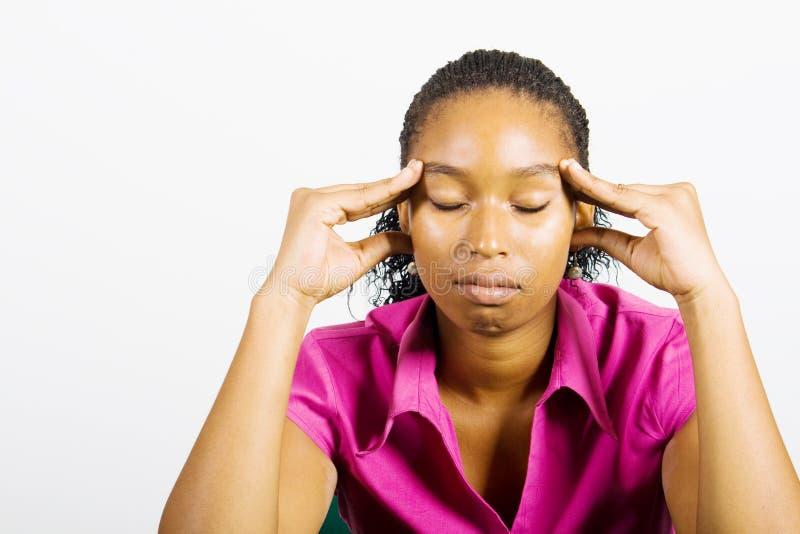Afrikaanse ongerust gemaakte vrouw royalty-vrije stock afbeelding