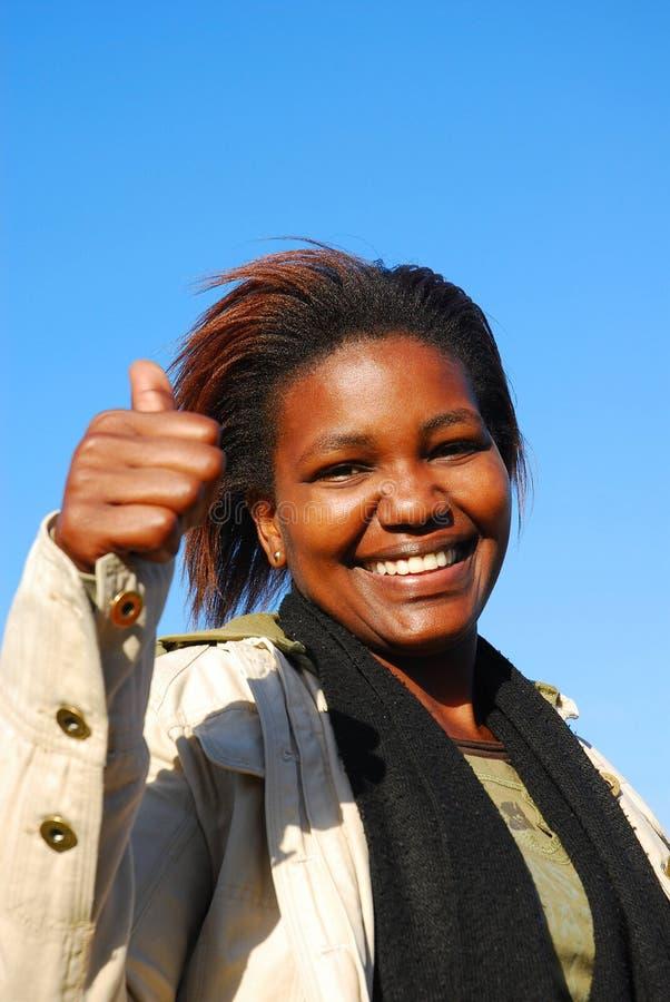 Afrikaanse optimistische vrouw royalty-vrije stock afbeeldingen