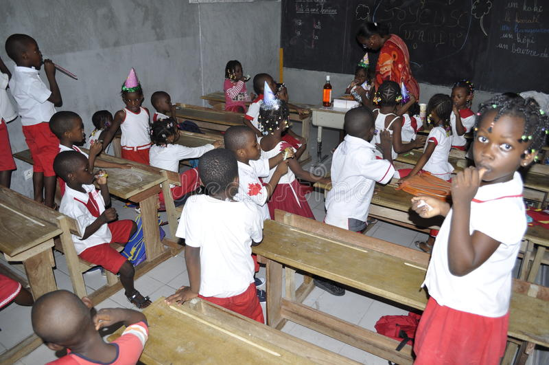 AFRIKAANSE STUDENTEN IN KLASSE stock foto's