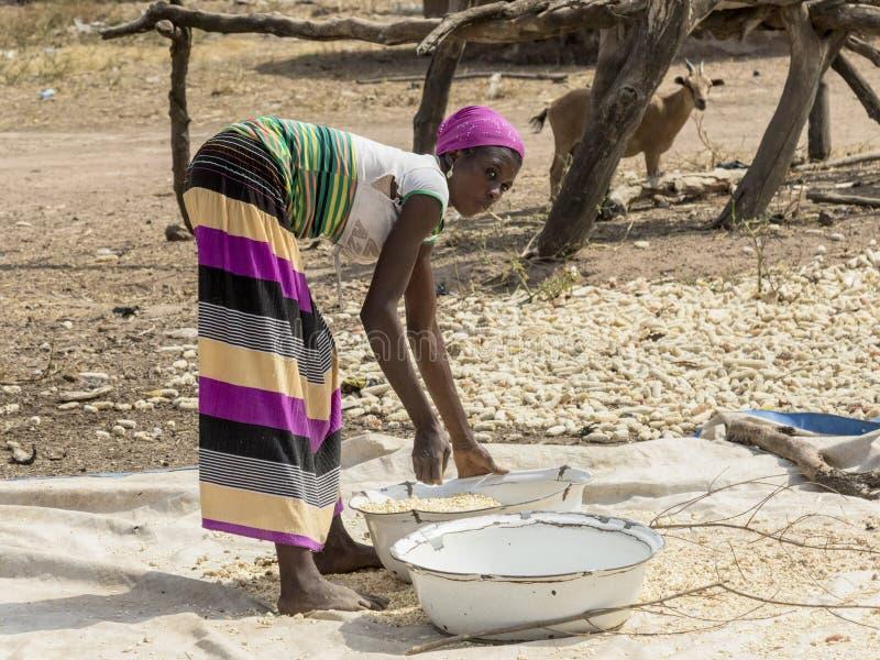 Afrikaanse vrouw in Ghana royalty-vrije stock foto's