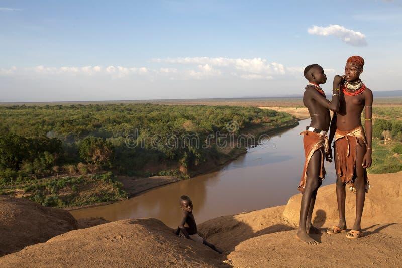 Afrikaanse vrouwen en lichaamsverf stock foto's