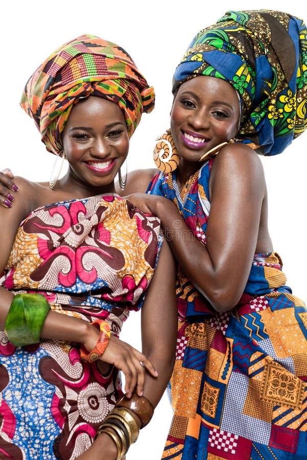 Afrikanen för två barn danar modellerar. arkivbilder