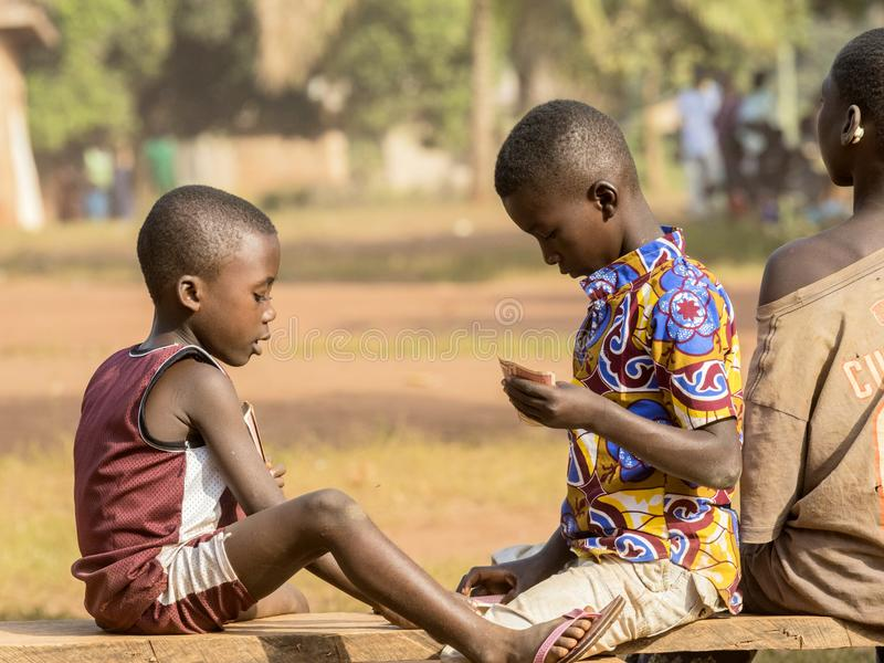 Afrikanische Kinder in Ghana lizenzfreie stockbilder