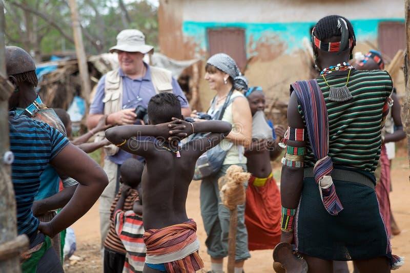 Afrikanische Leute und Tourismus lizenzfreies stockbild
