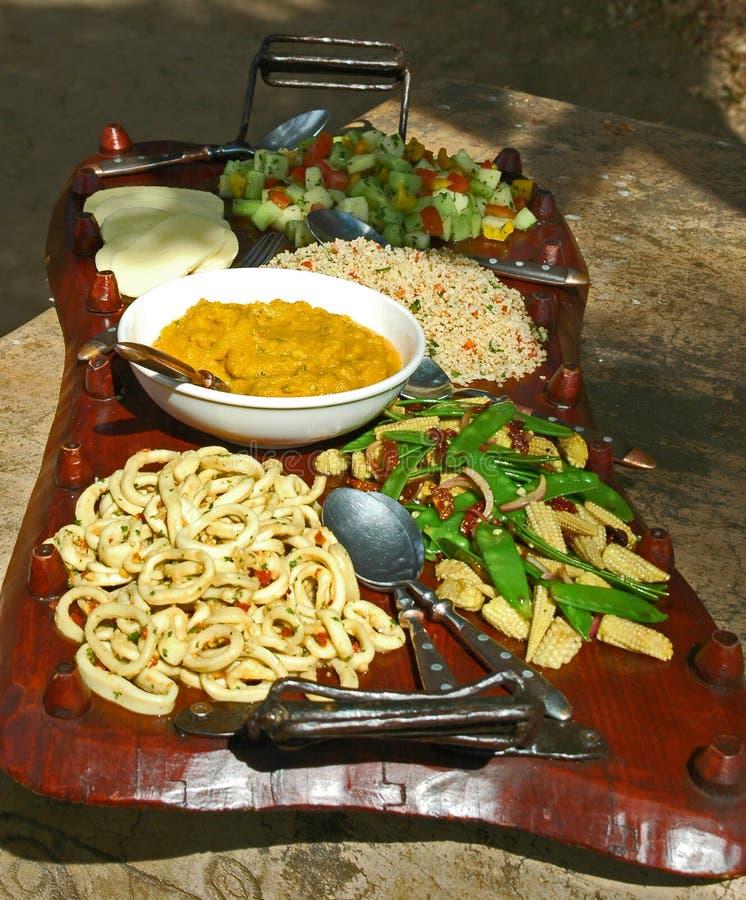 Afrikanische Nahrungsmittelplatte lizenzfreie stockfotografie
